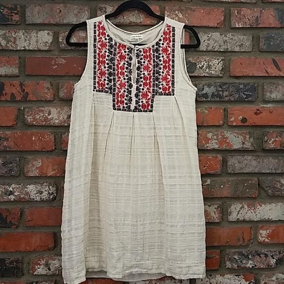 Max Studio Dresses & Skirts - Max Studio sleeveless Dress